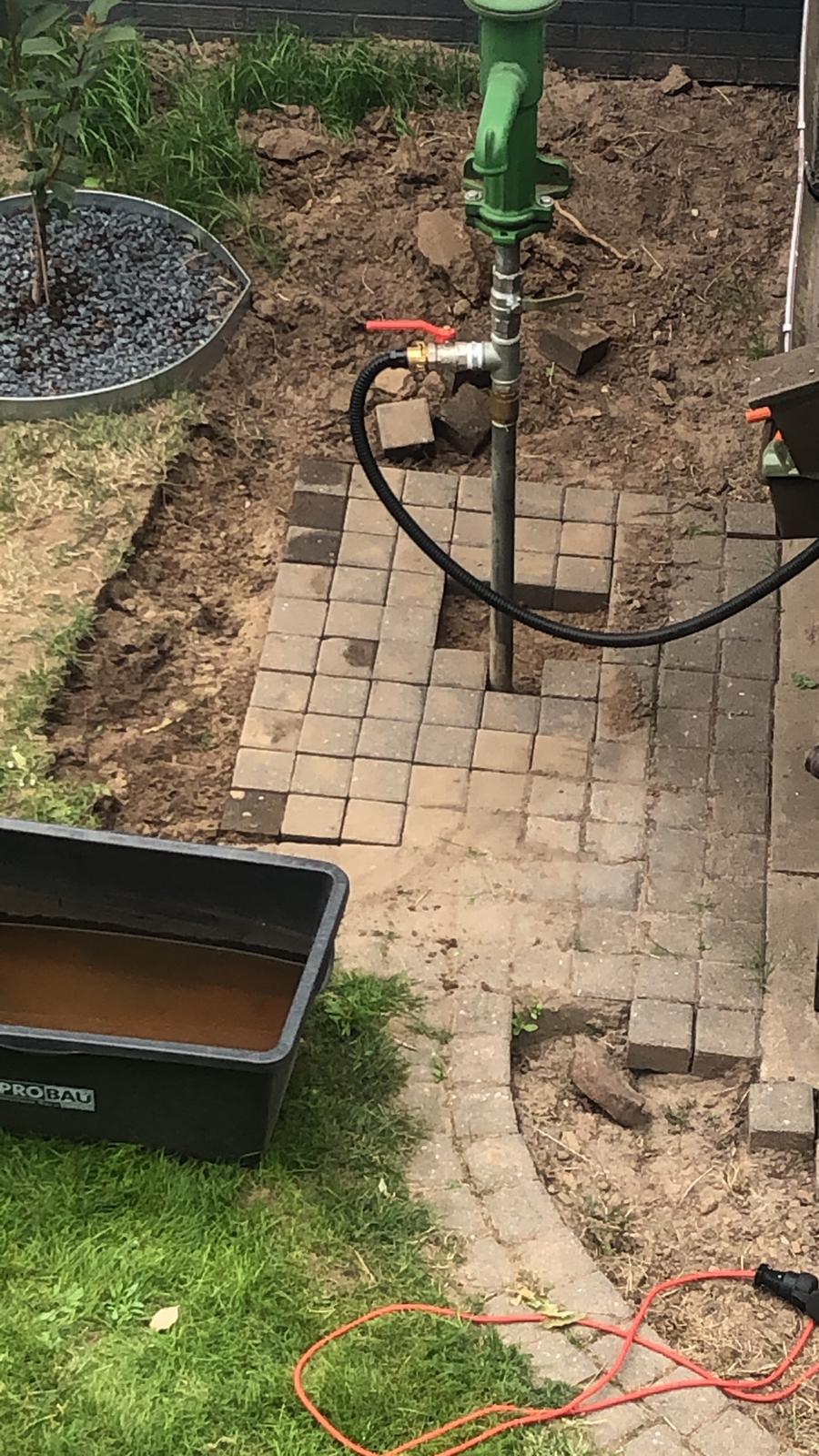 Gartenpumpe Fordert Pulsierend Wasser Benutzer Helfen Benutzern Plauderecke Brunnenbauanleitung Fur Bohrbrunnen Und Rammbrunnen Brunnenbau Forum