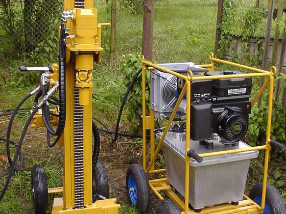 Brunnenbohrgerät kebo 1.0 mit seilzugeinrichtung