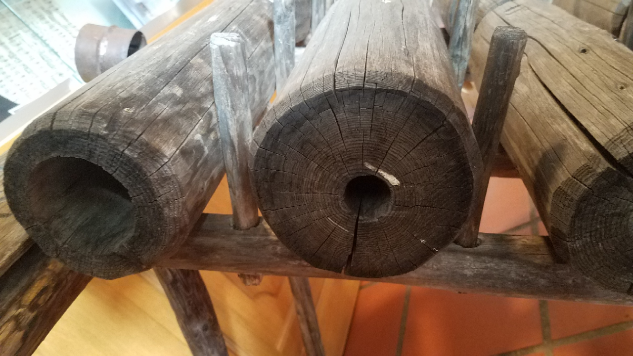 Saugrohr Schachtbrunnen oder Holzrohr