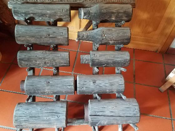 Ansaugrohr Holz alte Schwengelpumpe