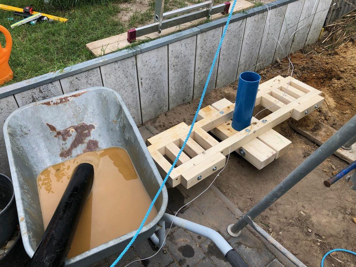 Arbeiten mit der Kiespumpe