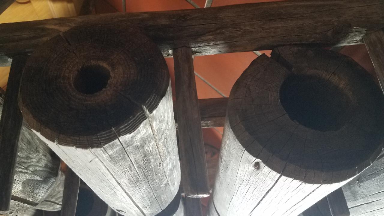 Holzrohre Brunnen