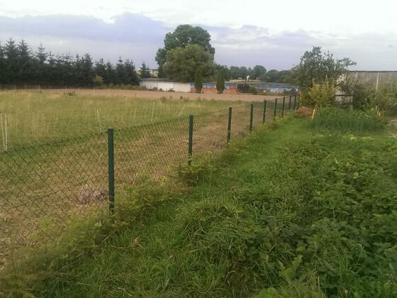 Nebenbei mein neuer Zaun