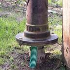 Deatail Saugschlauch zur Schwengelpumpe Typ75 in den Pumpenständer zur Handpumpe