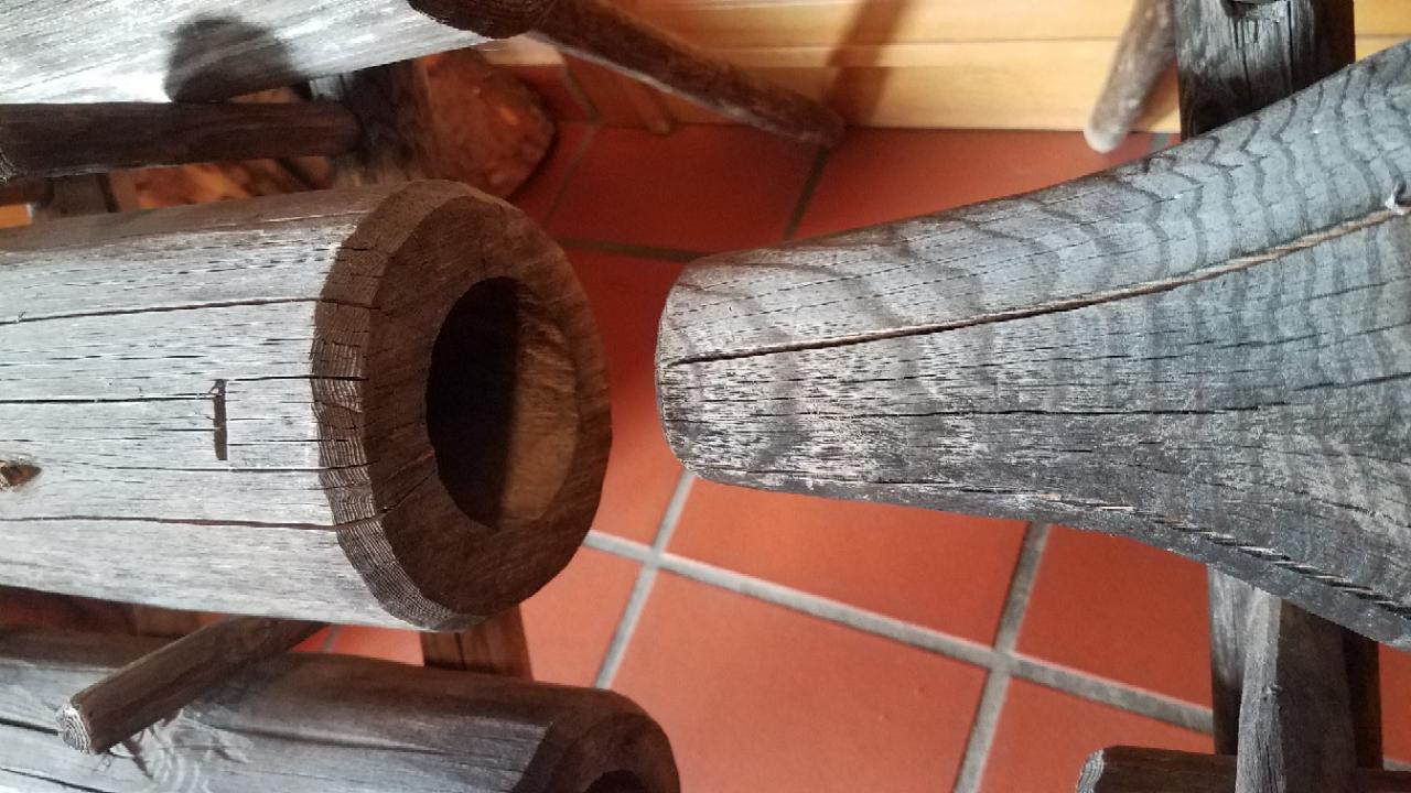 Saugleitung für Schwengelpumpe aus Holz
